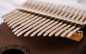 Step-by-Step Guide: How to Tune a Kalimba 21 1